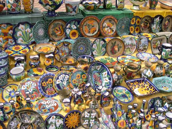 Pottery on display in an outdoor market, Concordia, Mexico 2004