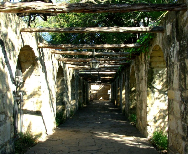 A walkway adjacent to the Alamo in San Antonio, Texas, January 2008