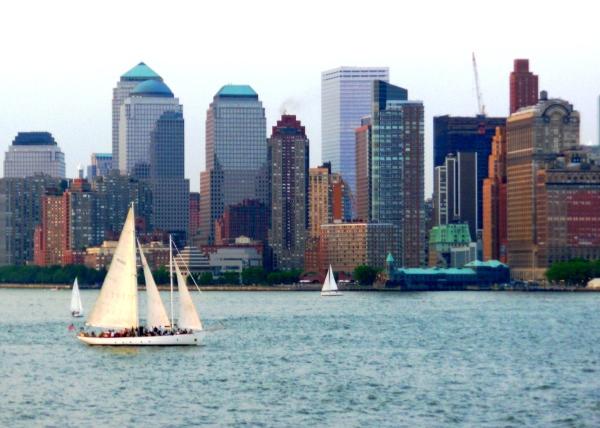 Sailing by Manhattan, May 2007