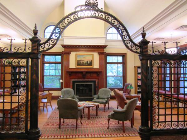 The public library of Rockland, Maine is one of many beautiful libraries that welcome you!
