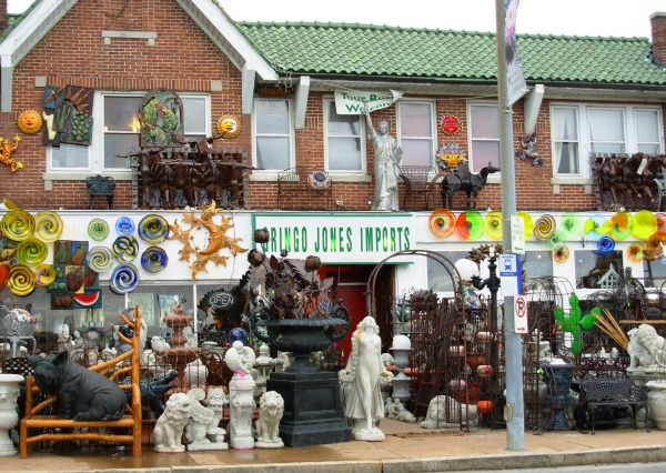 If The Picture of Dorian Gray was about my house, it might look like this shop in St. Louis, April 2008.