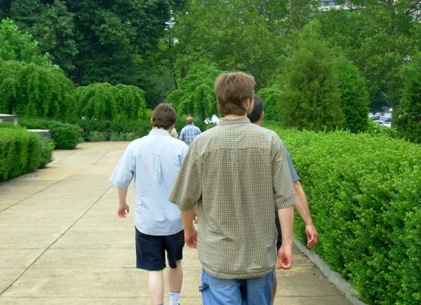 Jeff, Matt and Drew strolling in Philadelphia, July 2007