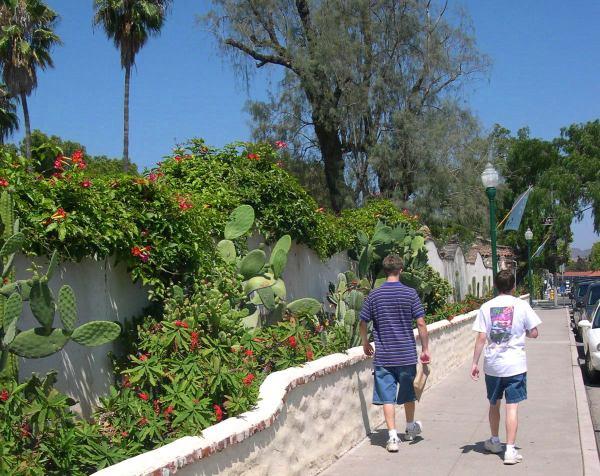 Drew and Matt enjoy a walk in Laguna Beach, California, July 2004