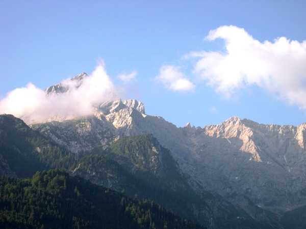 The Bavarian Alps, viewed from Garmisch-Partenkirchen, August 2005