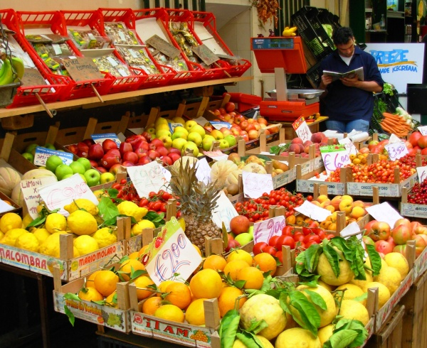 A fruit stand in Sorrento, Italy, May 2008