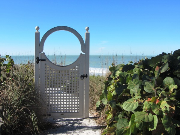 This must be the most purely symbolic gate I've ever seen. Captiva , Florida, January 2013