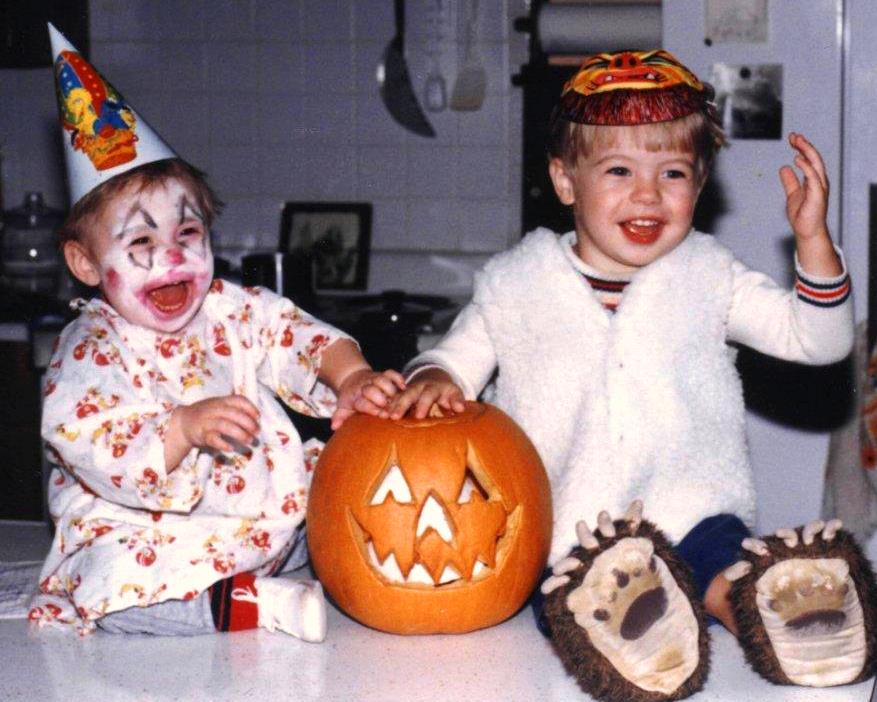 Halloween 1986, the first of many that Matt and Drew enjoyed together.