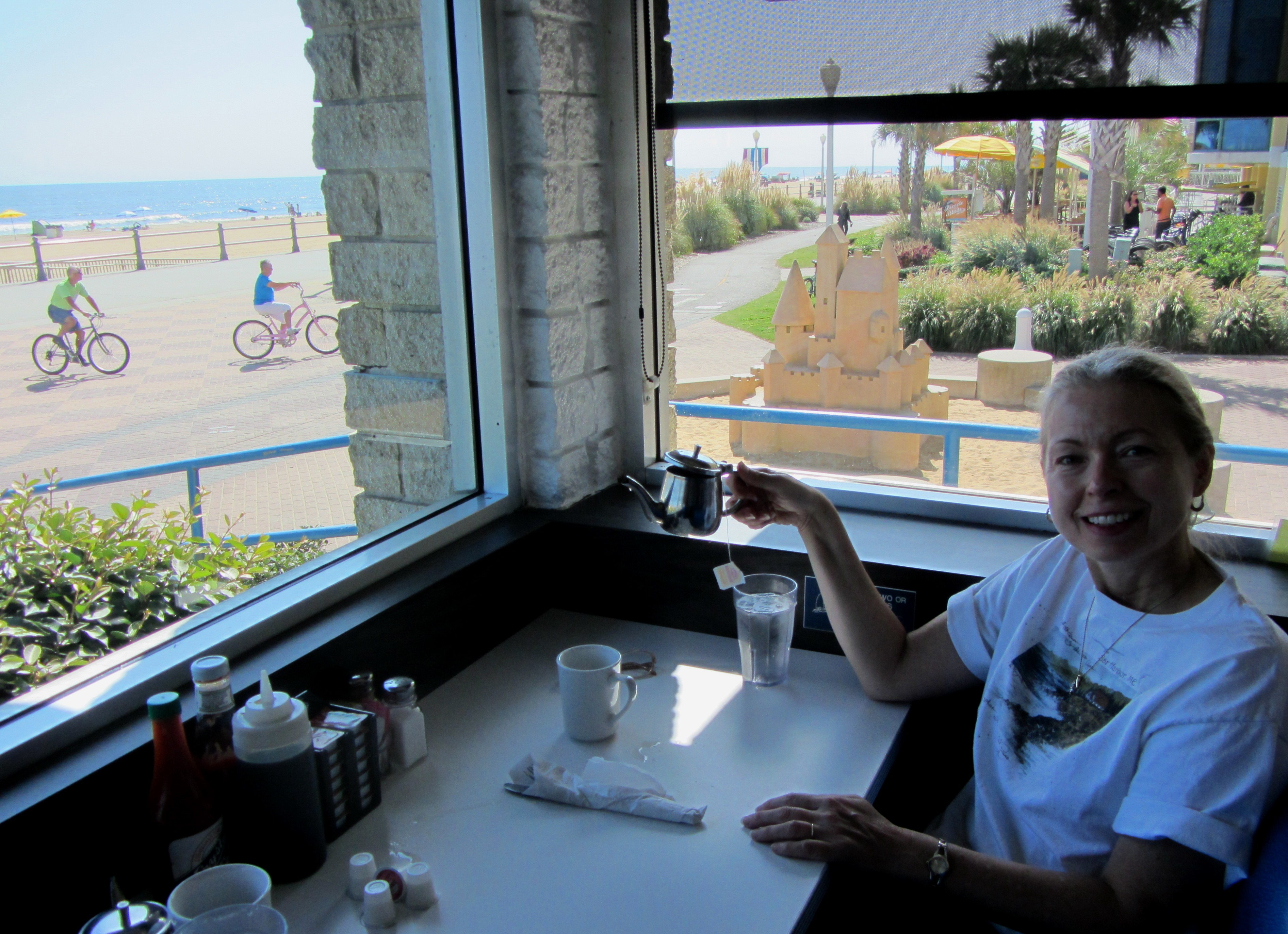 With this view, you can't go wrong! Virginia Beach, September 2013