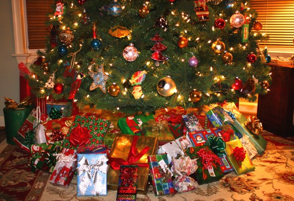 The Christmas tree at our Alexandria home, 2010