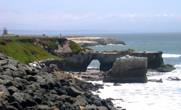 A Pacific coast view from Santa Cruz, California, August 2003