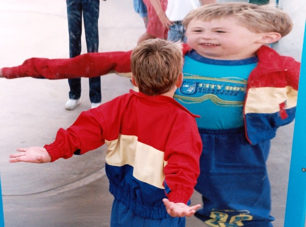 Matt see himself (sort of) in a funhouse mirror in San Diego, California, Spring 1992.