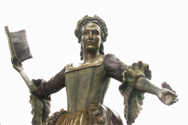 I photographed this statue of Mercy Otis Warren at the Barnstable County Courthouse Cape Cod, Massachusetts, May 2009