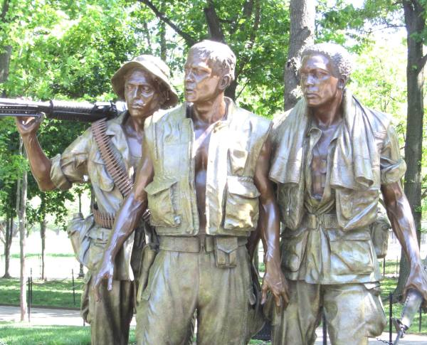 The Three Soldiers statue at the Vietnam Veterans Memorial, Washington, DC,  April 2012