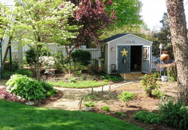 Yorktown garden stroll 1 April 2015