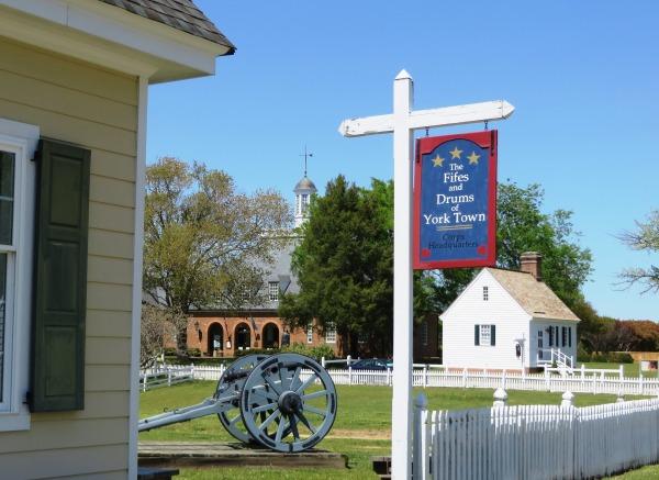 Yorktown garden stroll Fifes and Drums HQ April 2015