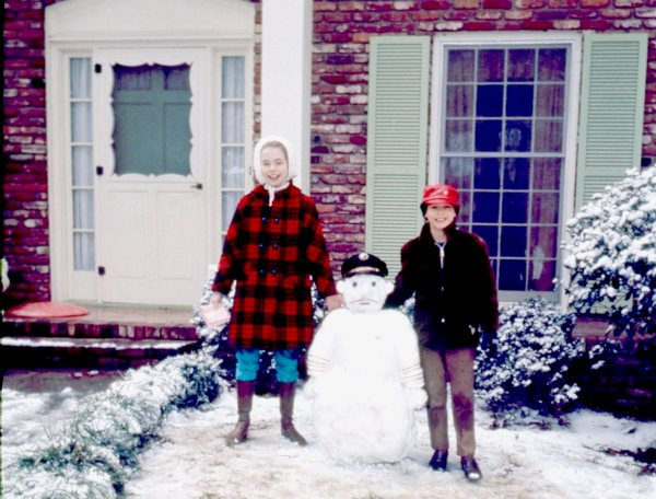 It wasn't much of a snowfall, but it was more than we usually had. Al and I somehow managed to make a Snow-Daddy anyway.